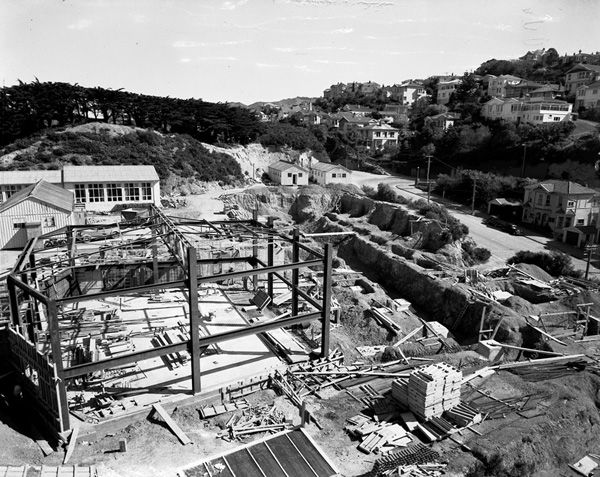 Buildings - Construction of science block, Easterfield