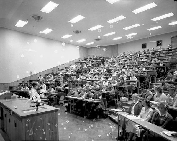 Interiors - Easterfield lecture theatre [W.E. Dasent lecturing to Chemistry I.]