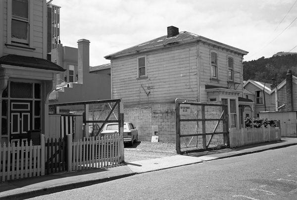 [6 - 2? Tennyson Street, Wellington]
